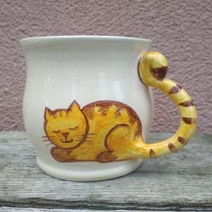 Festett cicás bögre, macskás bögre, fehér változatban, vörös cicával - Meska.hu