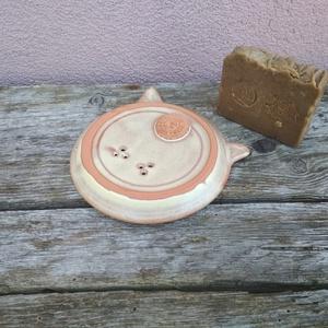 Cicás szappantartó barnás effektmázzal (KeraMici) - Meska.hu