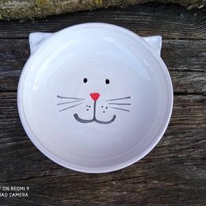 Cicatálka, cica etetőtál, Otthon & Lakás, Cicáknak & Macskáknak, Kisállatoknak, Cicafejet formázó etetőtálka macskaeledel ízléses felszolgálására. :) Kézzel korongolt, kézzel díszí..., Meska