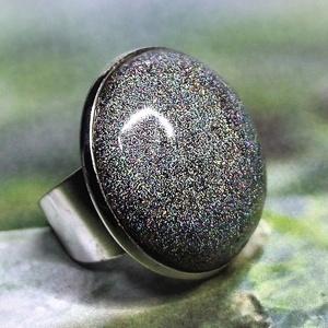 """MAGIC - Színjátszó, hologramos, kerámia gyűrű 2.5 - Varázslatos ajándék névnapra, születésnapra , Ékszer, Esküvő, Gyűrű, Ékszerkészítés, Kerámia, Egy \""""TITKOS CSODA\"""" ékszer, ami csak akkor mutatja meg rejtelmes igazi varázsát, amikor Te szeretnéd!..., Meska"""