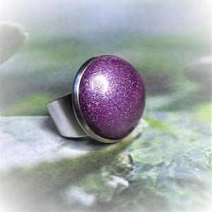 """UNKORNIS Lila kerámia gyűrű , Ékszer, Táska, Divat & Szépség, Gyűrű, Ékszerkészítés, Kerámia, Szereted a szivárvány varázslatos színeit? Jó helyen jársz! \n\""""Unikornis kollekció\"""" része ez a elegán..., Meska"""