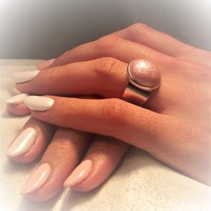 """UNiKORNIS korallrózsaszín kerámia gyűrű , Ékszer, Gyűrű, Szoliter gyűrű, Szereted a szivárvány varázslatos színeit? Jó helyen jársz!  """"Unikornis kollekció"""" része ez a elegán..., Meska"""