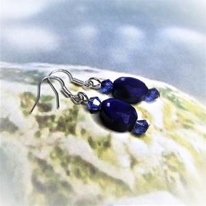 Kék csiszolt üveggyöngy fülbevaló - Ajándék nőknek névnapra, születésnapra, Nőnapra, Anyák napjára, bármely alkalomra - Meska.hu