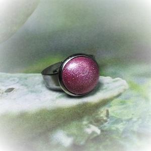 """UNIKORNIS lila kerámia gyűrű 1,2 - Ajándék lányoknak nőknek névnapra születésnapra, Ékszer, Gyűrű, Kerek gyűrű, Szereted a szivárvány varázslatos színeit? Jó helyen jársz!  """"Unikornis kollekció"""" része ez a elegán..., Meska"""