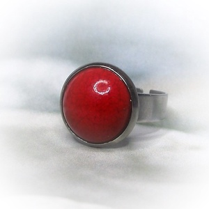 Piros kerámia - nemesacél gyűrű 1,2 - Ajándék lányoknak nőknek névnapra születésnapra különleges alkalmakra, Ékszer, Szoliter gyűrű, Gyűrű, Csodaszép fényes piros mázas kerámiagyűrű állítható méretű nemesacél gyűrűalappal.  A saját kezűleg ..., Meska