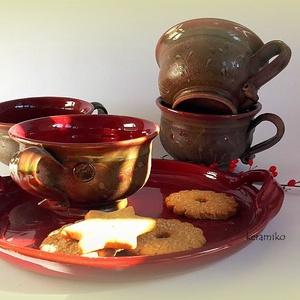 4 csésze teás -vadmeggyes, Otthon & lakás, Konyhafelszerelés, Bögre, csésze, Tálca, Kerámia, Korongolt 4 személyes teázós szett csészékkel és egy tálcával.\nKb. 2dl űrtartalmúak a csészék melyek..., Meska