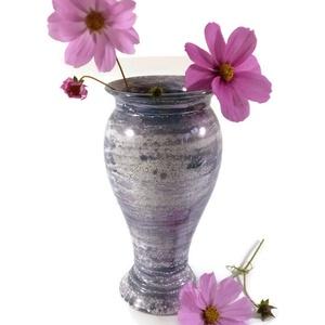 Váza, Otthon & Lakás, Dekoráció, Váza, Kerámia, Váza, mely korongolt 22 cm magas forma, belül fehér, kívül kék márványos mintázattal fémesen csillog..., Meska