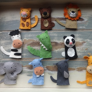10db-os vadon élő állat ujjbáb (oroszlán,tigris,zsiráf,medve,panda,zebra,elefánt, víziló,orrszarvú, krokodil) (700ft/db), Játék, Gyerek & játék, Báb, Baba játék, Készségfejlesztő játék, Varrás, Eszter kérésére készítettem el ezt a vadon élő állat ujjbáb szettet, de ha Neked is tetszik, szívese..., Meska