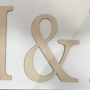 Monogram Kezdőbetű , Esküvő, Esküvői dekoráció, Farsang, Otthon & lakás, Dekoráció, Ünnepi dekoráció, Szerelmeseknek, Famegmunkálás, Rétegelt 3mm és nyírfából készül.30cm magas betűk.Ünnepi alkalmakra vagy csak dekor célra.Igény eset..., Meska