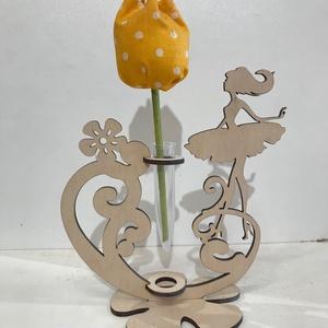 Virágtartó asztali dísz, Otthon & lakás, Dekoráció, Ünnepi dekoráció, Esküvő, Esküvői dekoráció, Famegmunkálás, Virágtartó 3mm nyírfából készül választható kettő féle kivitelben.Remek ajándék bármely ünnepre vagy..., Meska