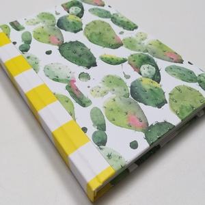 Kaktusz mintás napló, sárga gerinccel - Meska.hu