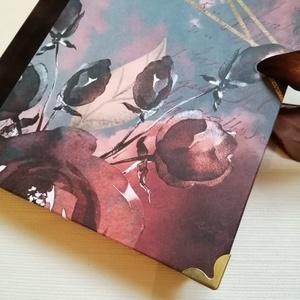 Elegáns női napló, barna bársony gerinccel, Jegyzetfüzet & Napló, Papír írószer, Otthon & Lakás, Könyvkötés, A napló 15x21 cm nagyságú, kemény fedelű, 320  lazacszín oldalt terjedelmű. A napló belül üres, ezze..., Meska