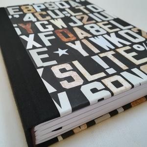Alphabet- egyedi napló férfiaknak, Otthon & Lakás, Papír írószer, Jegyzetfüzet & Napló, Könyvkötés, A napló kézi kötéssel készült. A belső lapok 80gr- os fehérek, üresek, ezzel rengeteg teret adnak  a..., Meska
