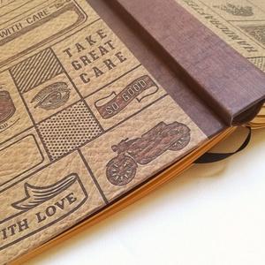 Bőrhatású papír borítású egyedi napló férfiaknak, Otthon & Lakás, Papír írószer, Jegyzetfüzet & Napló, Könyvkötés, A napló kézi kötéssel készült. A belső lapok 80gr- os karamellbarna színűek, üresek, ezzel rengeteg ..., Meska