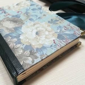 Barokk rózsa -Egyedi napló barokkos hangulatban, Otthon & Lakás, Papír írószer, Jegyzetfüzet & Napló, Könyvkötés, A napló kézi kötéssel készült. A belső lapok 80gr- os csontszínűek, üresek, ezzel rengeteg teret adn..., Meska