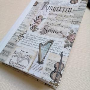 Vintage hangulatú klasszikus zene témájú  egyedi napló , Otthon & Lakás, Papír írószer, Jegyzetfüzet & Napló, Könyvkötés, A napló kézi kötéssel készült, papír borítással és arany könyvsarokkal  A belső lapok 80gr- os fehér..., Meska
