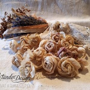 Csuhérózsák csomagban további felhasználásra , csuhé, csuhévirág, Otthon & Lakás, Ajtódísz & Kopogtató, Dekoráció, Csuhérózsákat, virágokat készítettem, és raktam nektek egy csomagba.   Ha szeretsz barkácsolni, dísz..., Meska