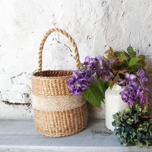 Gyékénykosár tároláshoz, táskának, Táska & Tok, Kosár, Ez a kosár gyékényből készült, mely szép natúr színe mindenhez könnyedén beilleszthető. Ez a kosár l..., Meska