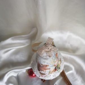 Erdei karácsony, , Decoupage, transzfer és szalvétatechnika, Hungarocell alapra készült ez a csodás karácsonyi csendélet.\nA csipke is, a kép is, a régmúlt idők k..., Meska