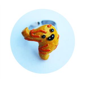 Gyomor, Figurális gyűrű, Gyűrű, Ékszer, Gyurma, Ékszerkészítés, Vegán emberi gyomorból készült gyűrű.\n\n(Semmilyen élőlénynek nem esett bántódása a termék elkészítés..., Meska