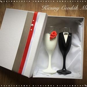 Szerelem esküvői pohár pár, Esküvő, Nászajándék, Esküvői dekoráció, Egyedi kézzel készített pohár pár. Süthető gyurmát használtam a díszítéshez. Bármilyen színösszeállí..., Meska