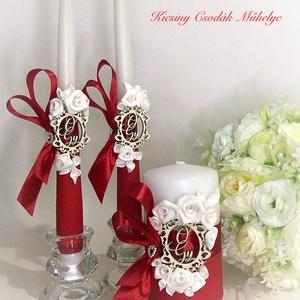 Esküvői gyertya szett, Esküvő, Dekoráció, Gyertya & Gyertyatartó, Mindenmás, A szett tartalmazza a nagy és a két kísérő gyertyát.\nSzínek variálhatók.\nMonogramot , és a színt kér..., Meska