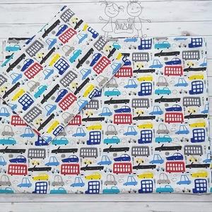Színes autós ovis vagy kisgyermek ágyneműhuzat szett, Otthon & lakás, Lakberendezés, Lakástextil, Ágynemű, Ovis / kisgyermek ágyneműhuzat szett autós, jarműves mintával.  Méretei: - Paplanhuzat: 90 * 135 cm ..., Meska