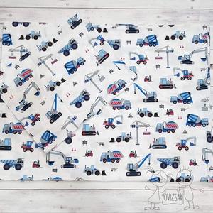 Kék munkagépes ovis vagy kisgyermek ágyneműhuzat szett, Otthon & Lakás, Lakástextil, Ágynemű, Varrás, Ovis / kisgyermek ágyneműhuzat szett munkagép mintával.\n\nMéretei:\n- Paplanhuzat: 90 * 135 cm\n- Párna..., Meska