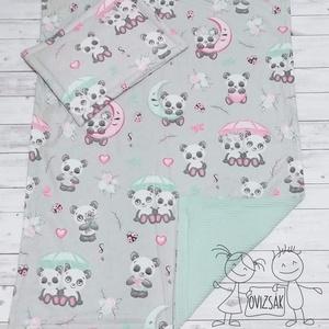 Panda mintás nyári babaágynemű - takaró és lapos kispárna szett, Otthon & Lakás, Lakástextil, Szett kiságyba, Varrás, Panda mintás babaágybemű szett.\nAz eleje 100% pamutvászon, hátoldala darázsszövet. A darázsszövet re..., Meska