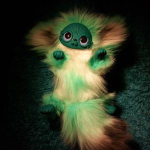 Zöld cica szörny , Egyéb, Furcsaságok, Gyerek & játék, Otthon & lakás, Játék, Dekoráció, Gyurma, Varrás, Egy cuki szörnyecske, aki gazdira vár\nNagyon sok szeretettel készítettem. Mindig élmény egy kis ször..., Meska