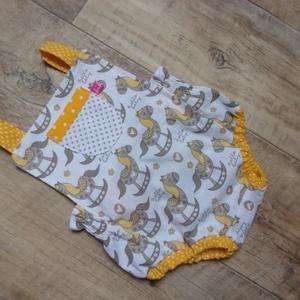 AKCIÓ! Napozóka 56-os, bébinapozó, újszülött napozóka, Ruha & Divat, Babaruha & Gyerekruha, Body, Varrás, 56-os méret. 1-2 hónapos babára ajánlom! Prémium minőségű textilből készült. Beavatva az anyag. Mére..., Meska