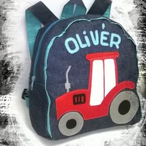 Traktoros hátizsák, Játék & Gyerek, Ovis zsák & Ovis szett, Ovis hátizsák, Varrás, Traktoros hátizsák\n\nFarmer hátizsák, pamut béléssel, filcből készült mintával.\n\nRendelhető termék, n..., Meska