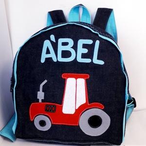 Traktoros hátizsák, Hátizsák, Hátizsák, Táska & Tok, Varrás, Traktor mintás hátizsák \n\nÓvodás, bölcsődés gyerekeknek\n\nFarmer hátizsák, pamut béléssel, filcből ké..., Meska