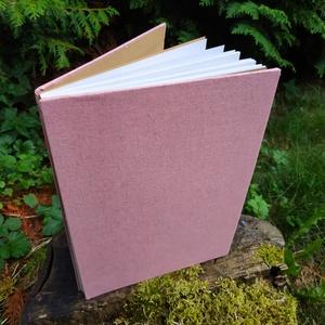 Rózsaszín vázlatfüzet, Művészet, Más művészeti ág, Könyvkötés, A4-es méretű, félfamentes lapokból álló, nyitott gerinces vázlatfüzet, Meska