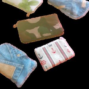 Mobiltartó, Telefontok, Pénztárca & Más tok, Táska & Tok, Varrás, Textilből készült változatos színben, mintával és méretben mobiltelefon tartó, vatelin béléssel. Mos..., Meska