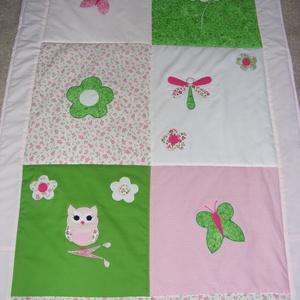 patchwork takaró pillangóval, virágokkal - Meska.hu