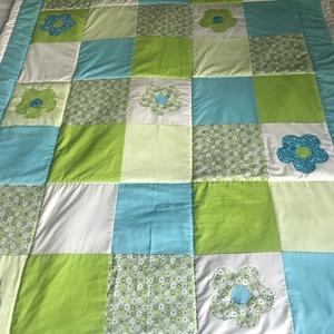 patchwork  takaró, falvédő, türkiz-zöld, virágmintával, Otthon & Lakás, Lakástextil, Takaró, Varrás, Patchwork, foltvarrás, Meska