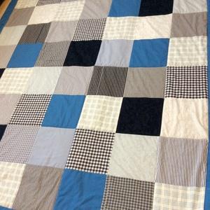 Kék patchwork takaró apró kockákból , Otthon & lakás, Lakberendezés, Lakástextil, Takaró, ágytakaró, Varrás, Patchwork, foltvarrás, Egyedi készítésű takaró fiúknak, kicsiknek, nagyoknak\nméret:200x150cm\nEz a takaró alkalmas ágy letak..., Meska