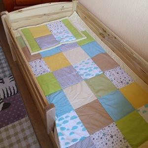 patchwork  takaró, falvédő sárga -kék-bézs, Lakberendezés, Otthon & lakás, Lakástextil, Falvédő, Takaró, ágytakaró, Varrás, Patchwork, foltvarrás, méret: 160x90cm\nEz a takaró alkalmas ágy letakarására és takarózásra is.Az anyagot varrás előtt kimo..., Meska