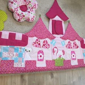 Palotás patchwork falvédő + virág alakú párnácskával, Otthon & Lakás, Falvédő, Lakástextil, Varrás, Meska