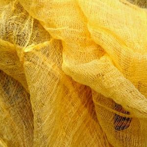 """Nap-sárga / Gézbarlang, Táska, Divat & Szépség, Sál, sapka, kesztyű, Ruha, divat, Sál, Festett tárgyak, Varrás, Újabb kellemes,színes sál készült a \""""gézbarlangban\"""",feltűnő nap-sárga színben,mindig\nmosolyt csal az..., Meska"""