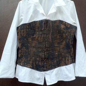 Fűzött ing, Ruha, Női ruha, Ruha & Divat, Foltberakás, Újrahasznosított alapanyagból készült termékek, Fehér vászon ing,középen,fűzött mell és\nderék résszel. A betoldás,rozsdafoltos farmer \nanyagból van,..., Meska