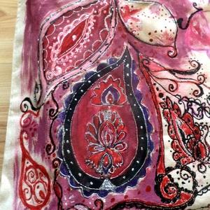 Mandala virágok, Táska, Divat & Szépség, Táska, Válltáska, oldaltáska, NoWaste, Festett tárgyak, Varrás, Bézs, vászon táskára,festett Mandala virágok.\nVászon táskára,kézzel festett mintával.\nMéret: 30x40 c..., Meska