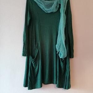 Mohák, Ruha & Divat, Női ruha, Ruha, Mohák sokfélesége, a sötétebből a világosabbig.  Oldalt hosszított szabású,két oldalt zsebes, lezser..., Meska