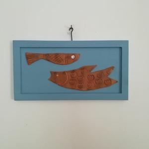 Terrakotta halacskák, Otthon & lakás, Dekoráció, Festészet, Festett tárgyak, Saját tervezésű egyedi terrakotta halacskák pasztell kék keretben.\nMérete: +0 x 16 cm.\nLegyen az ön ..., Meska