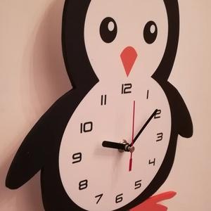 Pingvines falióra, Otthon & lakás, Lakberendezés, Falióra, óra, Mindenmás, Saját tervezésű és kivitelezésű pingvines falióra. Ez az aranyos kis pingvin önre vár, hogy megvegye..., Meska