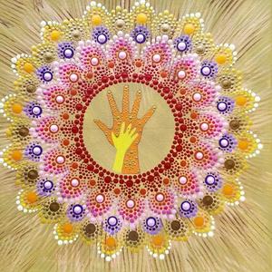 Kéz a kézben, Művészet, Festmény, Festett tárgyak, Festészet, Anyák napjára készült ez a mandala, de bármikor lehet ajándékozni szeretteinknek. A kéz a kézben szi..., Meska