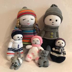 """Saját baba család -teljes csomag, Játék & Gyerek, Baba & babaház, Baba, Varrás, """"Vásárolj gyermekednek baba családot! Így nem csak egy magányos baba van a polcon, hanem egy kicsit ..., Meska"""