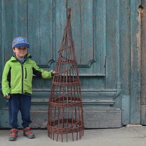2IN1 Rusztikus, kerti obeliszk natúr fűzvesszőből, Otthon & Lakás, Ház & Kert, Kerti dísz, Fonás (csuhé, gyékény, stb.), Ezt két kerti obeliszket natúr, hántolatlan (héjas) fűzfavesszőből fontam hagyományos kosárfonási te..., Meska