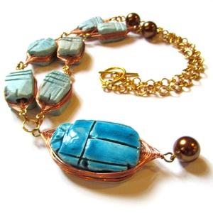 AKCIÓ! Luxor kincse - nyaklánc, Ékszer, Nyaklánc, Medálos nyaklánc, Ékszerkészítés, \nA különleges ékszerek kedvelőinek. :)\n\nEgyiptomból hoztam 2005-ben a  mázas kerámia szkarabeusz med..., Meska